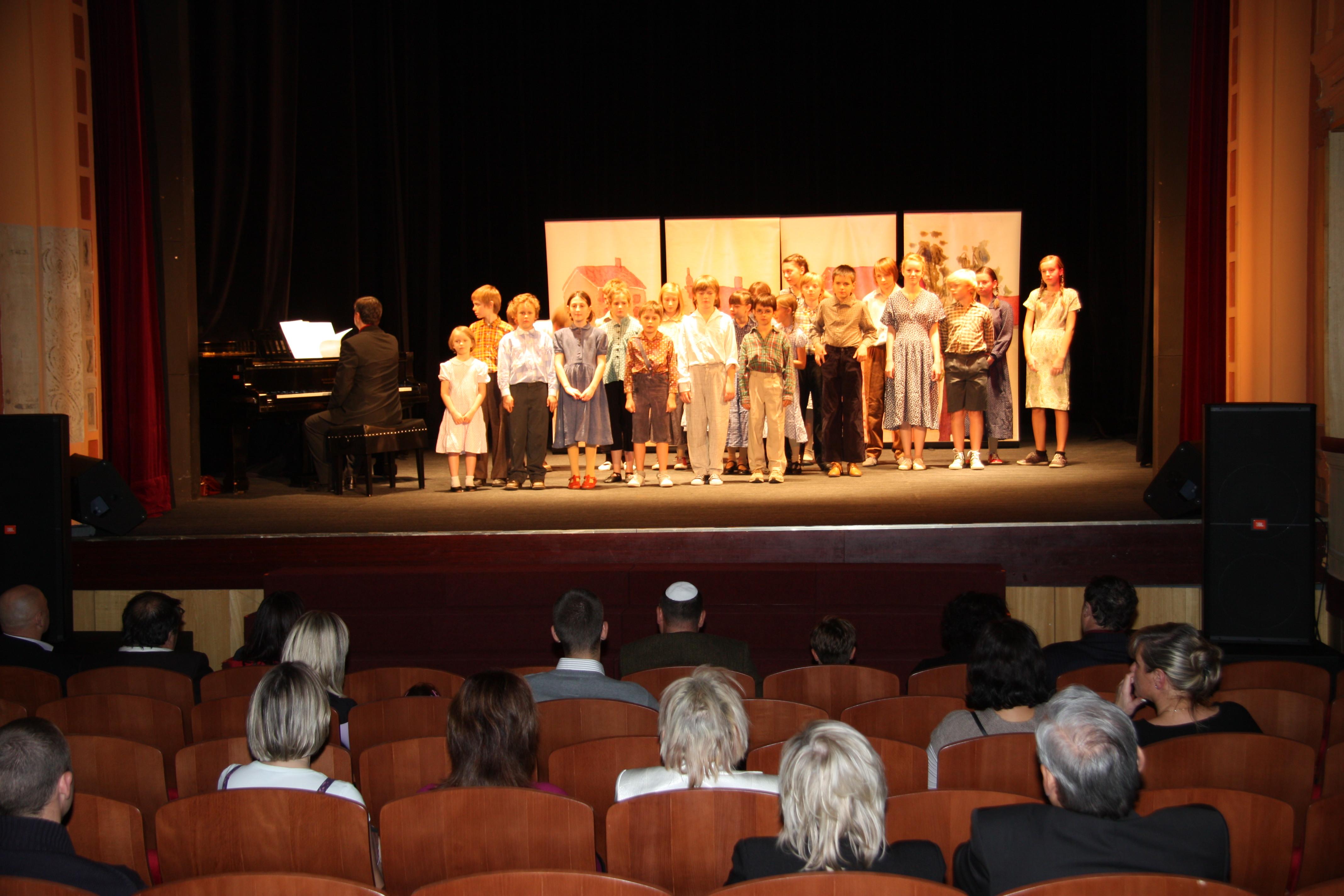 """Die Kinderoper """"Brundibár"""" im Saazer Stadttheater"""