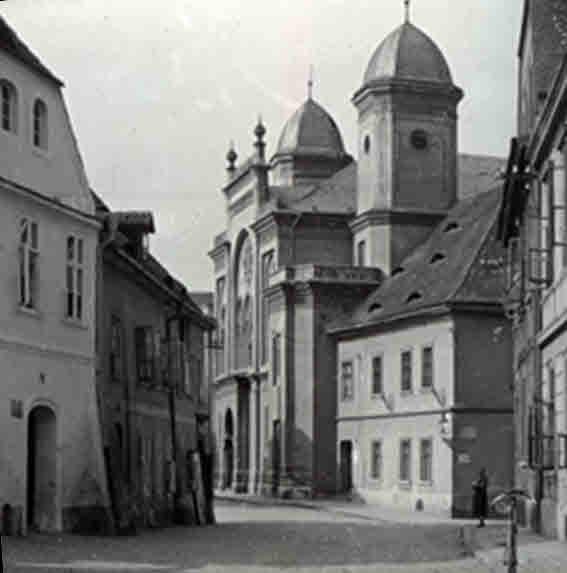 Saazer Synagoge (s-w, korrigiert)